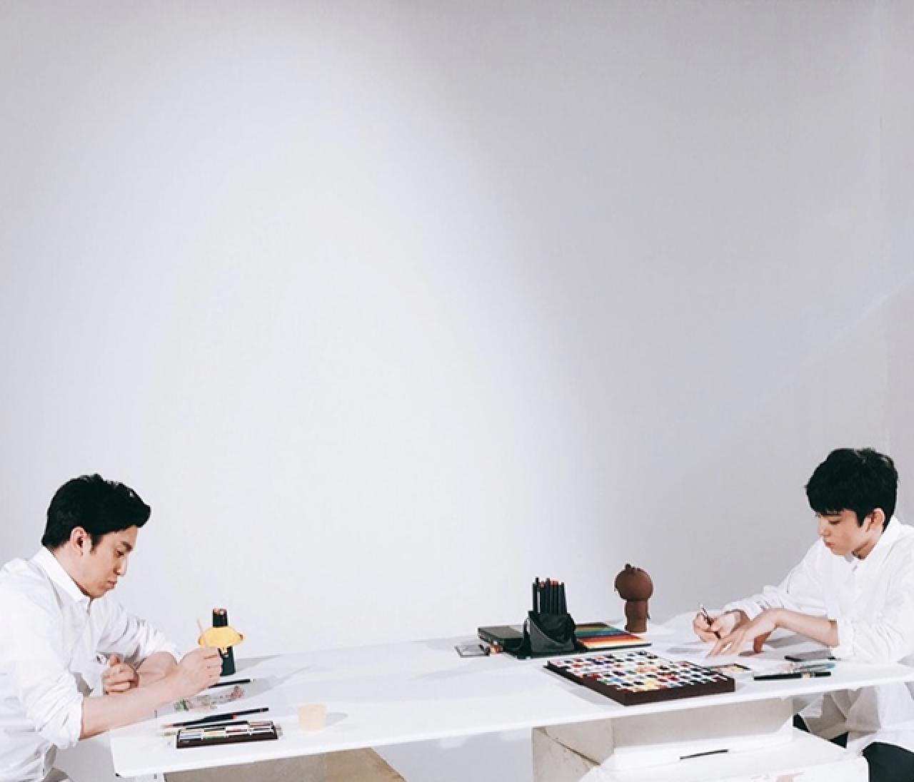 十代目・松本幸四郎さんと八代目・市川染五郎さんの「お絵描き腕くらべ」オフショット