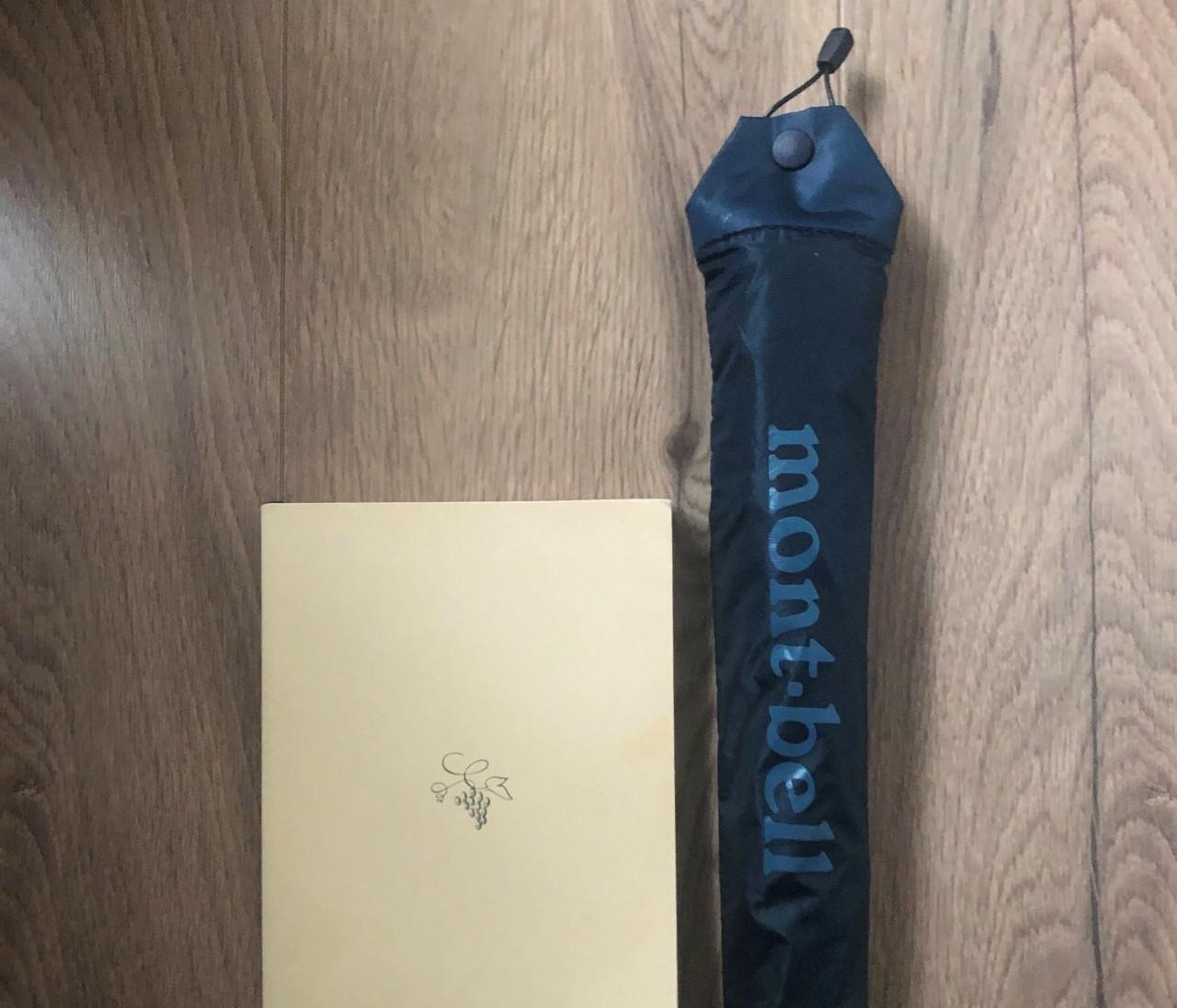 【エディターのおうち私物#84】ミニバッグ派の強い味方! モンベルの折りたたみ傘