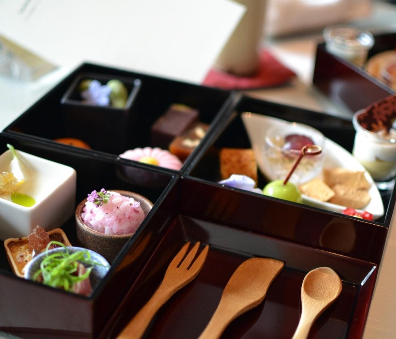 【気分は京都】パレスホテルの和のアフタヌーンティーが美味