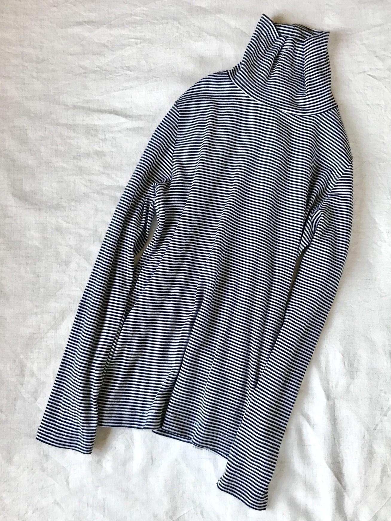【無印良品】編集部員が愛用中のオーガニックコットンストレッチタートルネックTシャツ