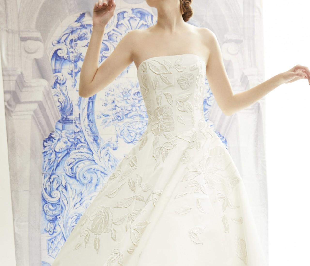2020年婚のプレ花たちへ【キャロリーナ・ヘレナ】のドレスがおすすめ!