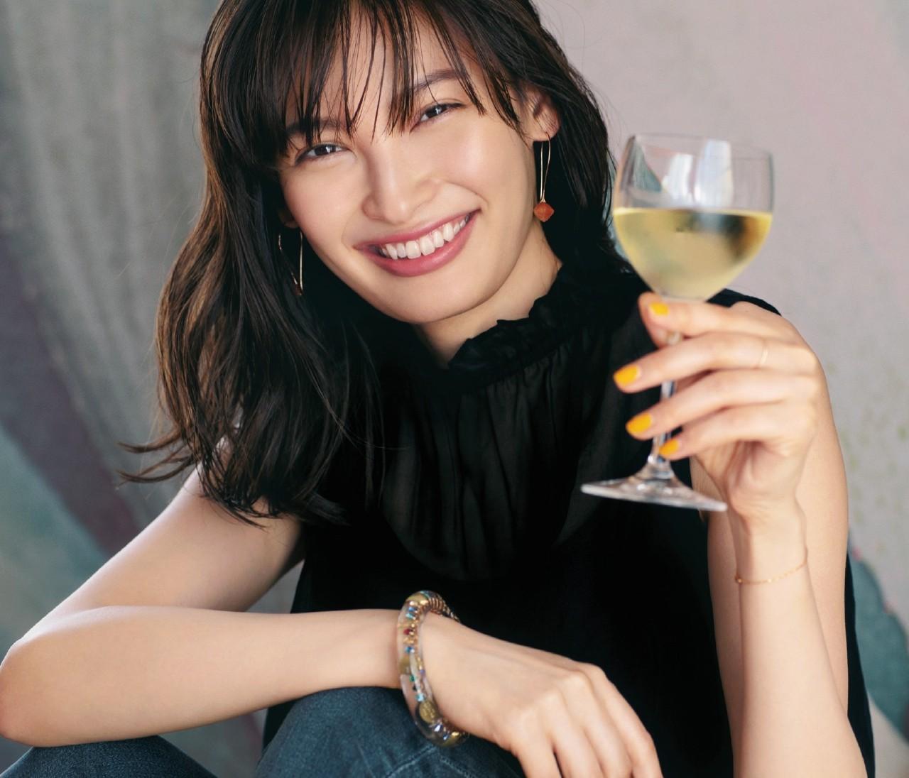 【Zoom映えアクセサリー】オンライン飲み会は色石アクセで華やかさを