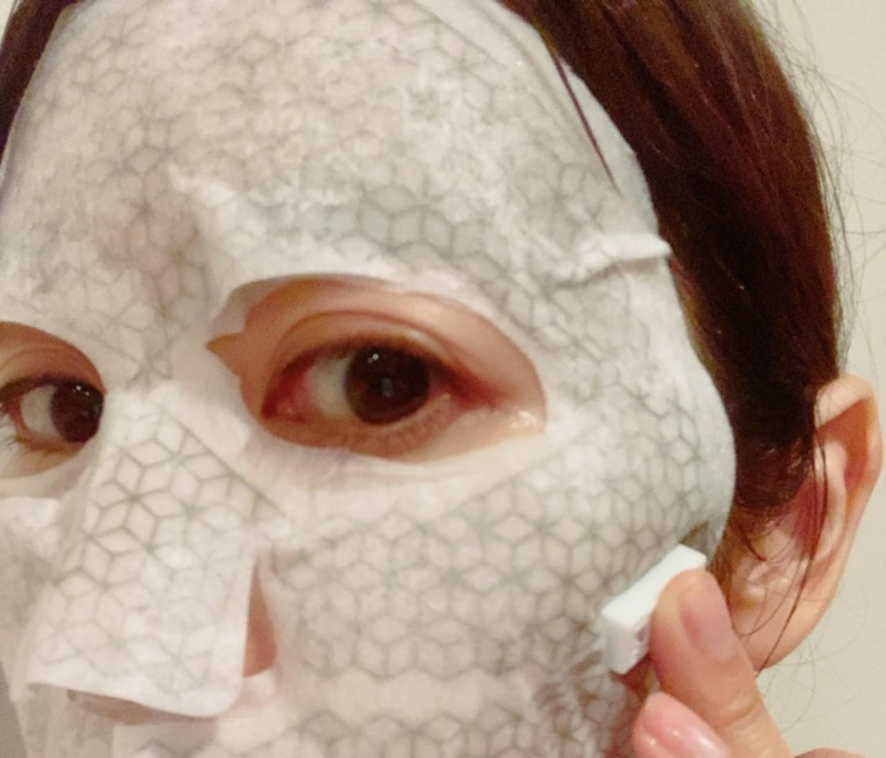 美顔器級の仕上がり!お家エステできると話題の微小電流マスク