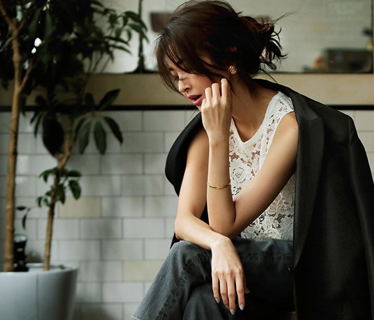 オフィスカジュアルの新定番! きれいめ通勤デニムコーデ30選【30代レディースファッション】