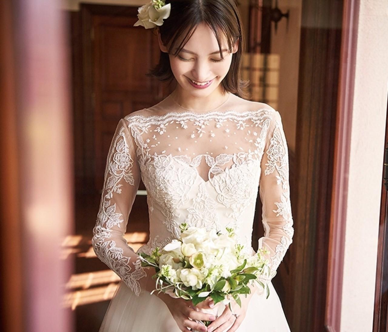 【ウェディングドレスまとめ】大人のあか抜けフェミニンウェディングをかなえる最新ウェディングドレス♡