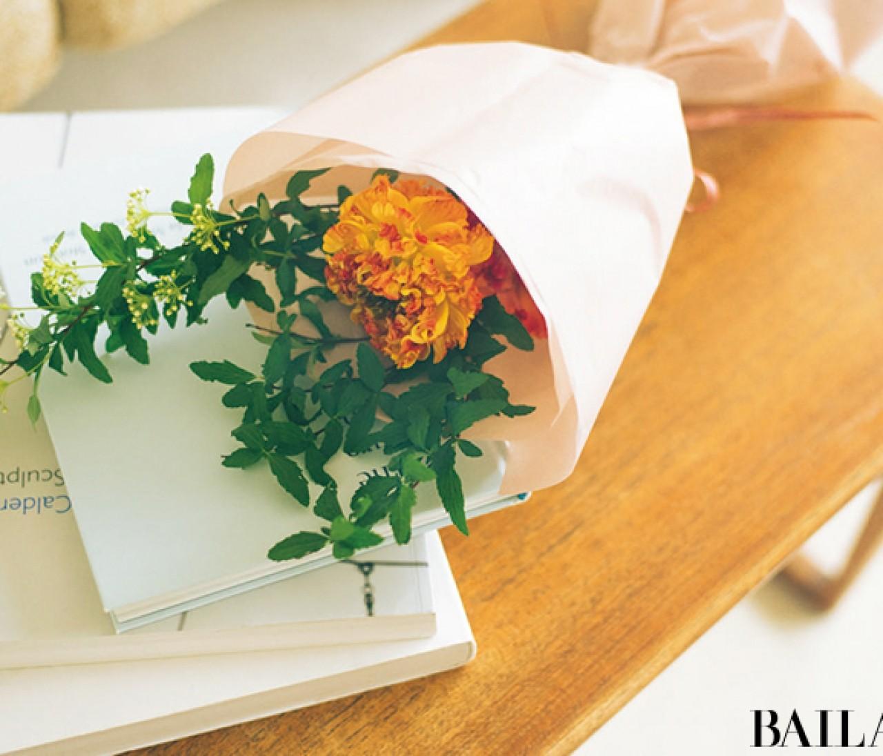 ときめいたお花3種類で作る、春の小さなブーケ【カトパンのあえて小さく飾る花レッスン】