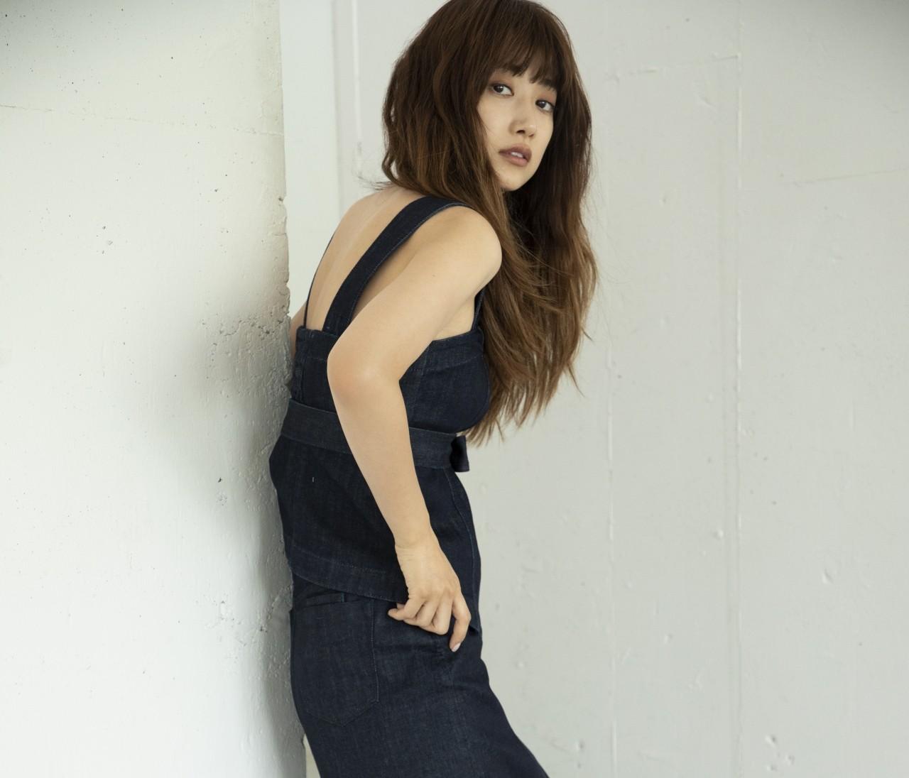 モデル・ヨンアがディレクションする 「COEL」と「YANUK」のコラボデニムに最高におしゃれ♡
