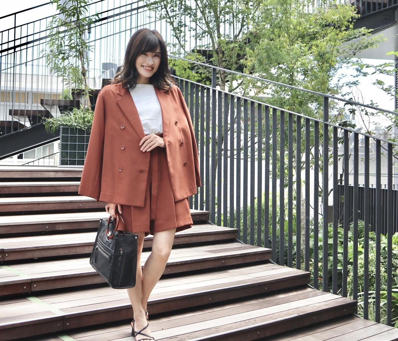【秋コーデ】ミラオーウェンのジャケットセットアップ