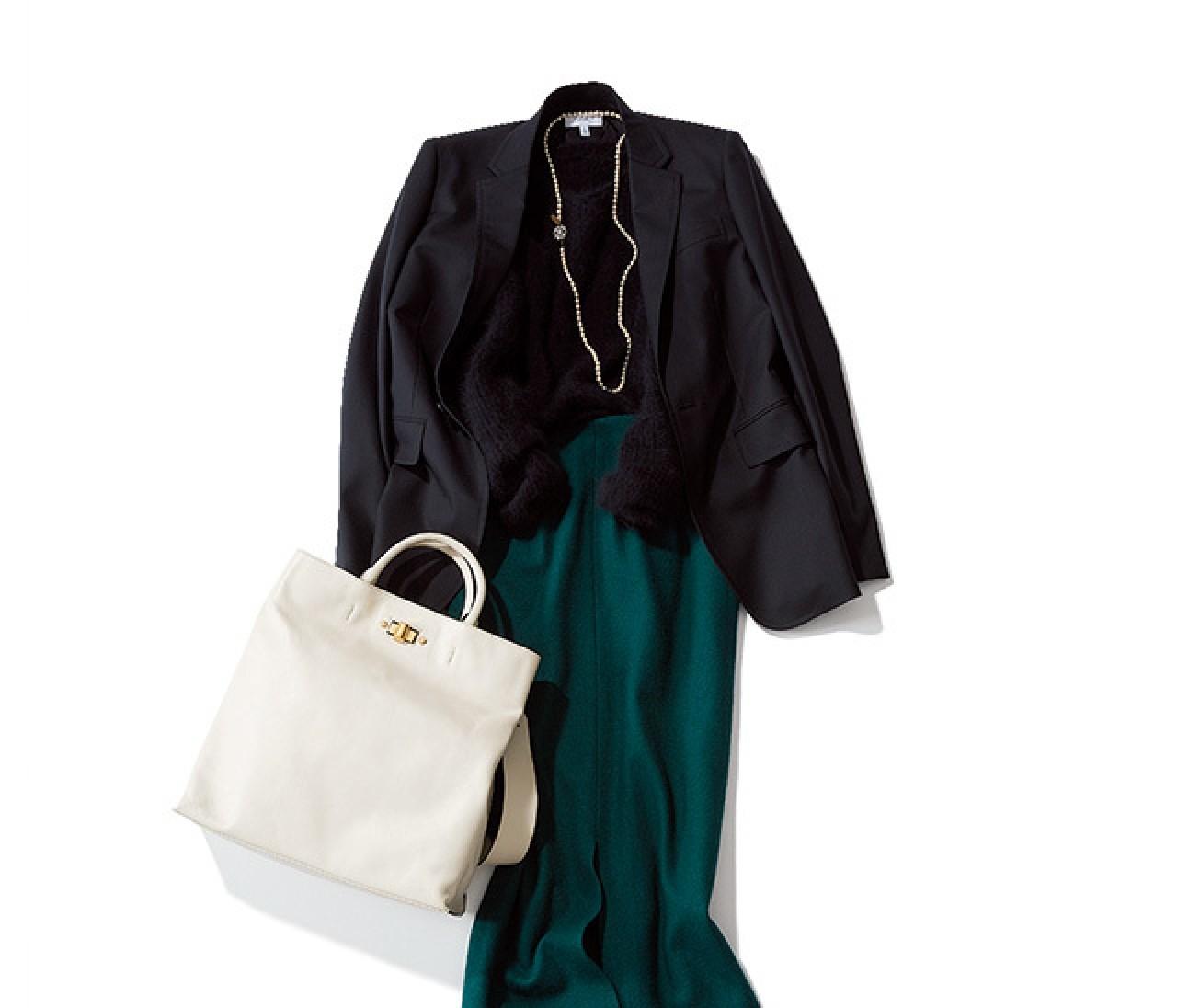 冬のタイトスカートコーデは、ブラックジャケットでデキる女風に!