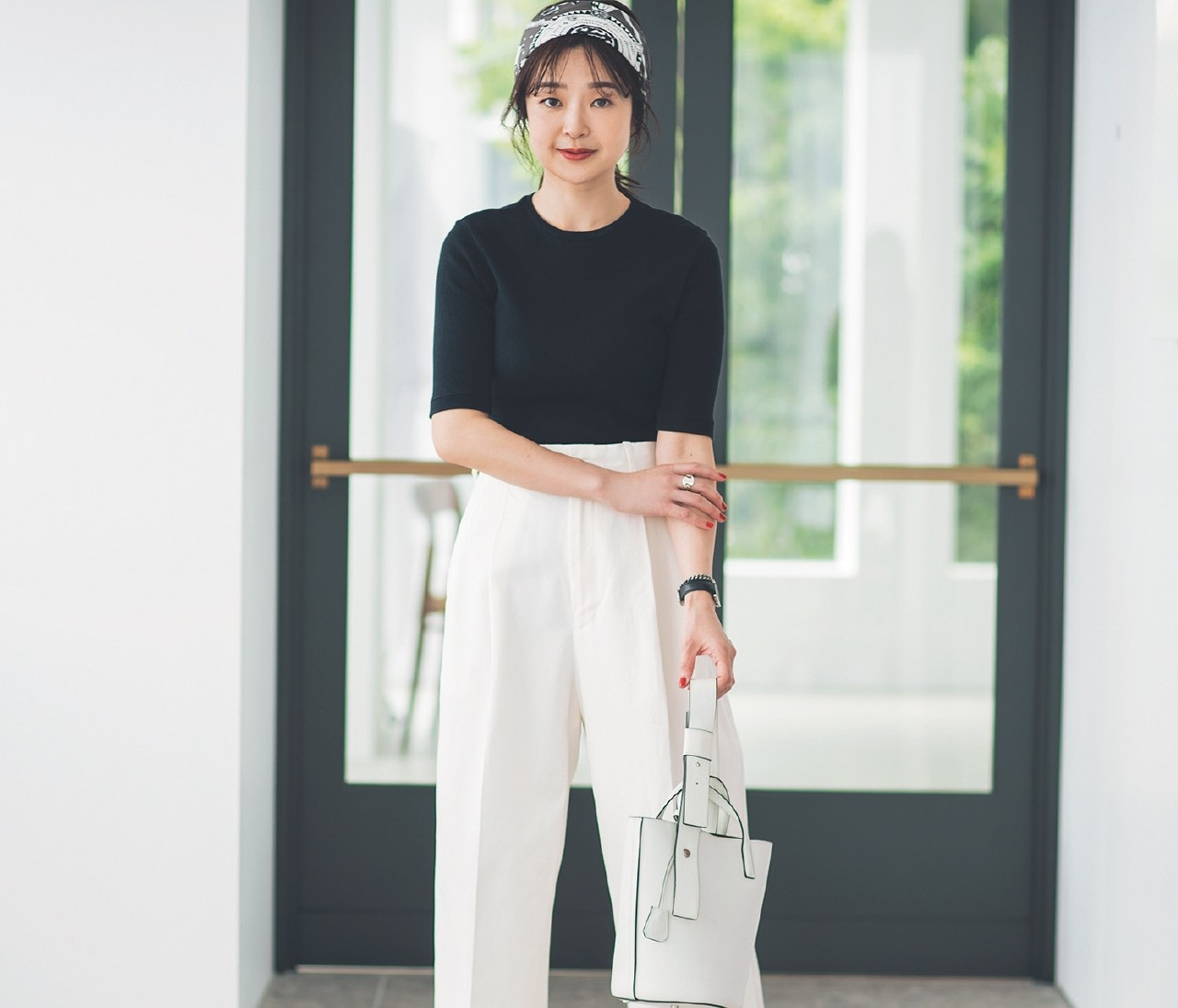 【30代女子の夏ファッションQ&A】「白パンツ」は小粋に着こなして