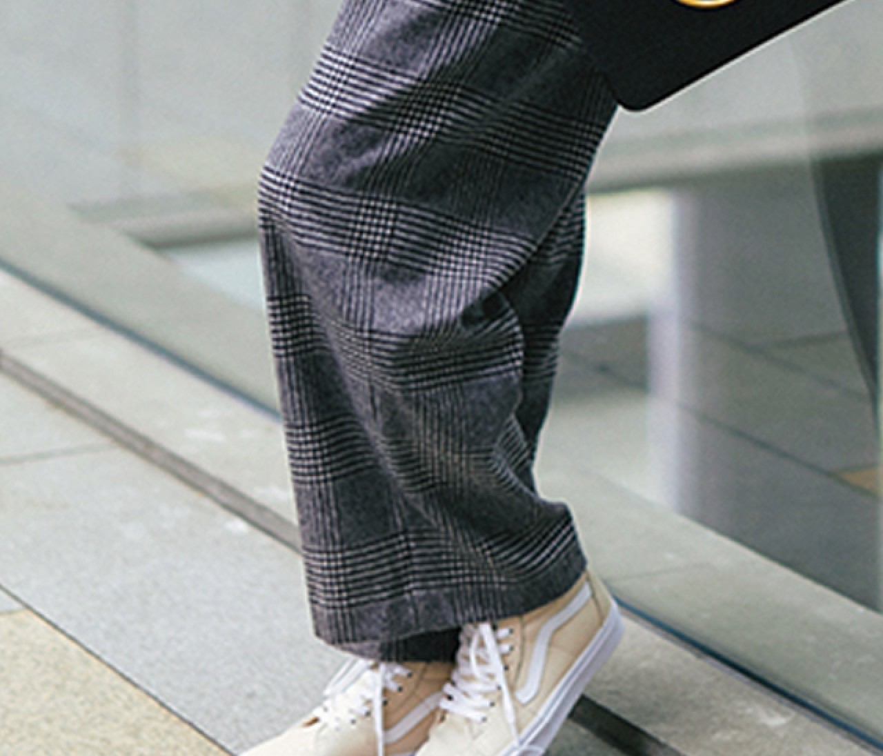 カジュアルすぎない30代きれいめ通勤スニーカーコーデ30選【30代レディースファッション】