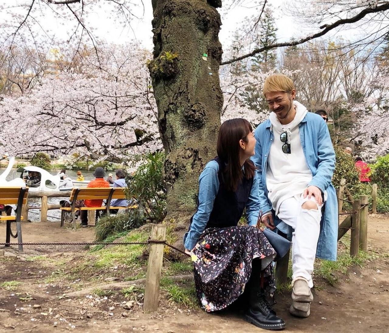 井の頭恩賜公園でお花見夫婦コーデ