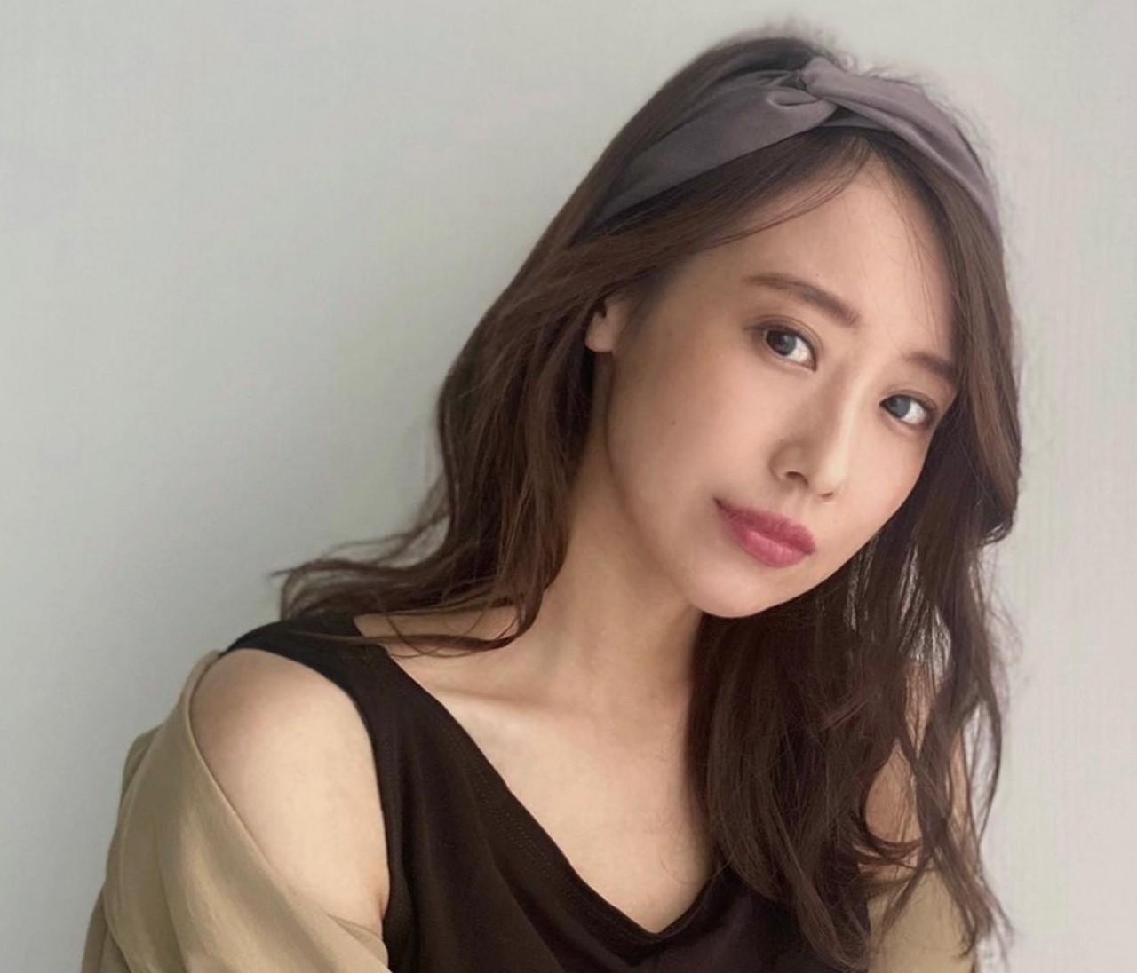 【30代大人の】秋服×ブラウンカラーリップがかわいい♡