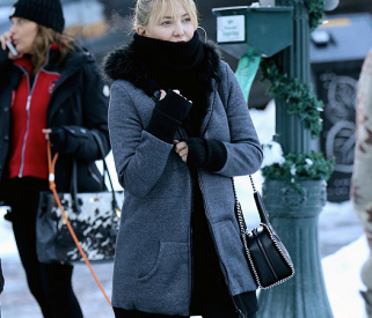 新年も暖かく♥ケイト・ハドソンのおしゃれ防寒スタイル【日めくりセレブ】