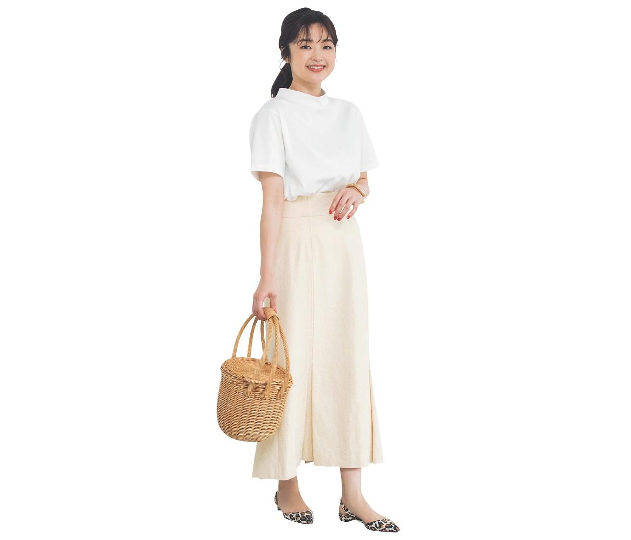 【30代女子の夏ファッションQ&A】夏のワントーンコーデの正解は?