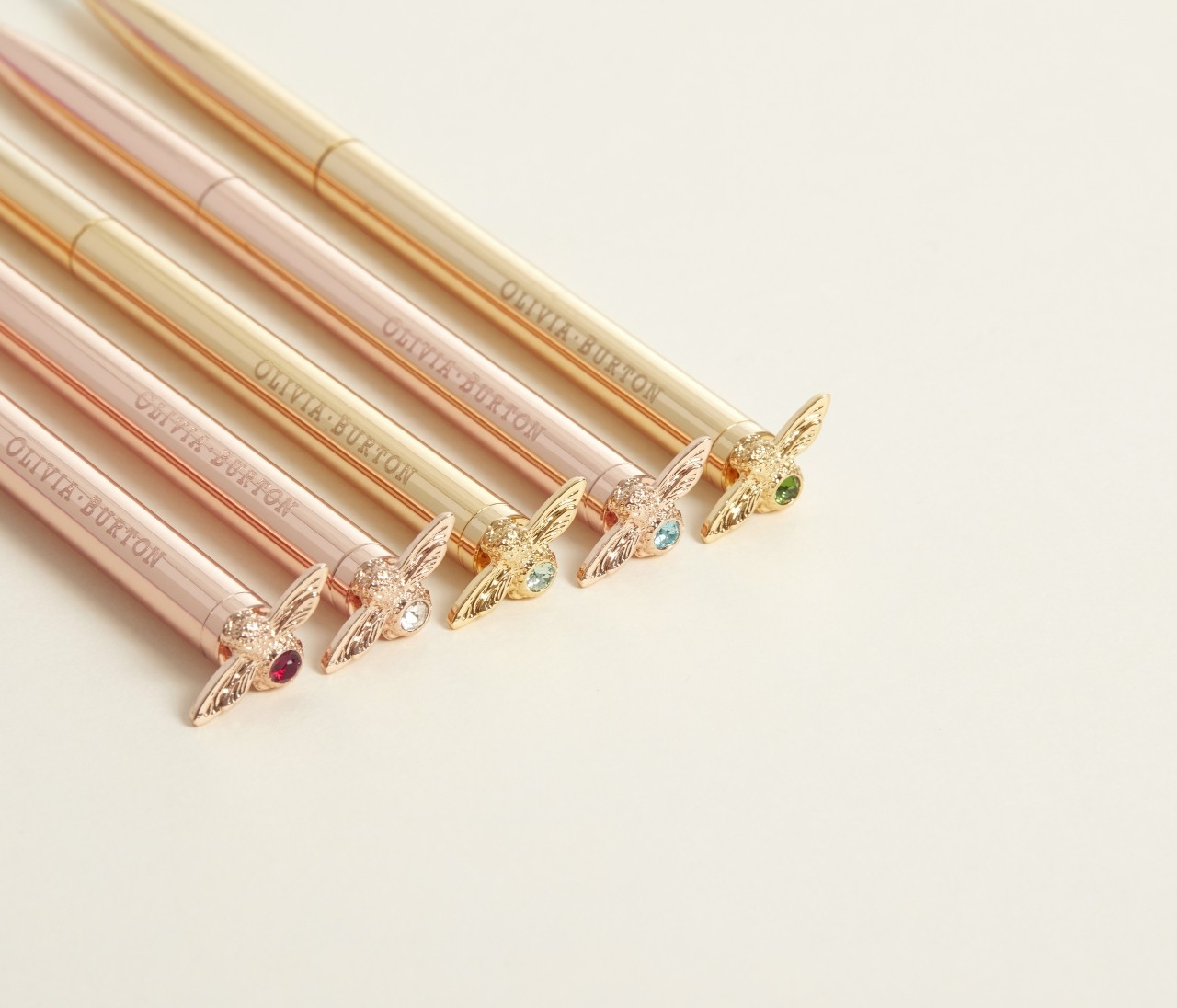 【オリビア・バートン】誕生石カラーのストーンをあしらったボールペンが発売!