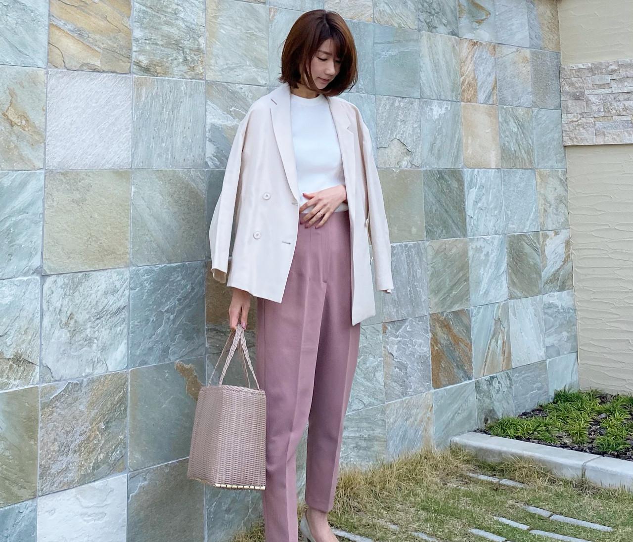【BAILA5月号】きれい色と着るベージュコーデ