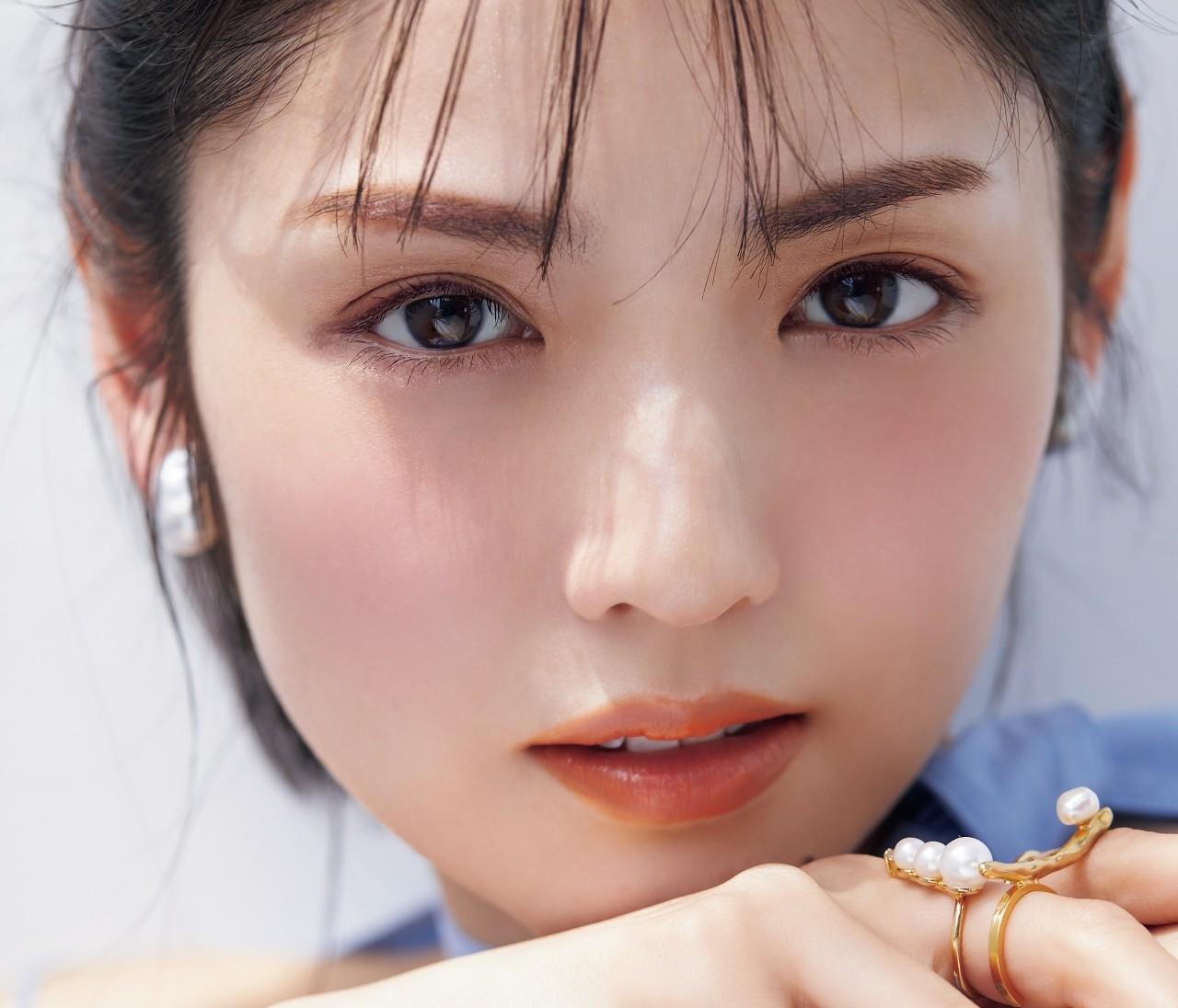 【道重さゆみさん31歳、キレイの秘密】美肌を支える愛用スキンケア製品を一挙公開!