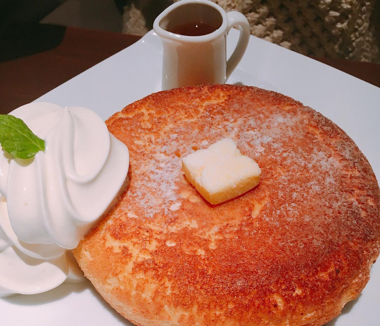 神保町の行列ができる喫茶店「TAM TAM」のふわふわ石窯パンケーキ