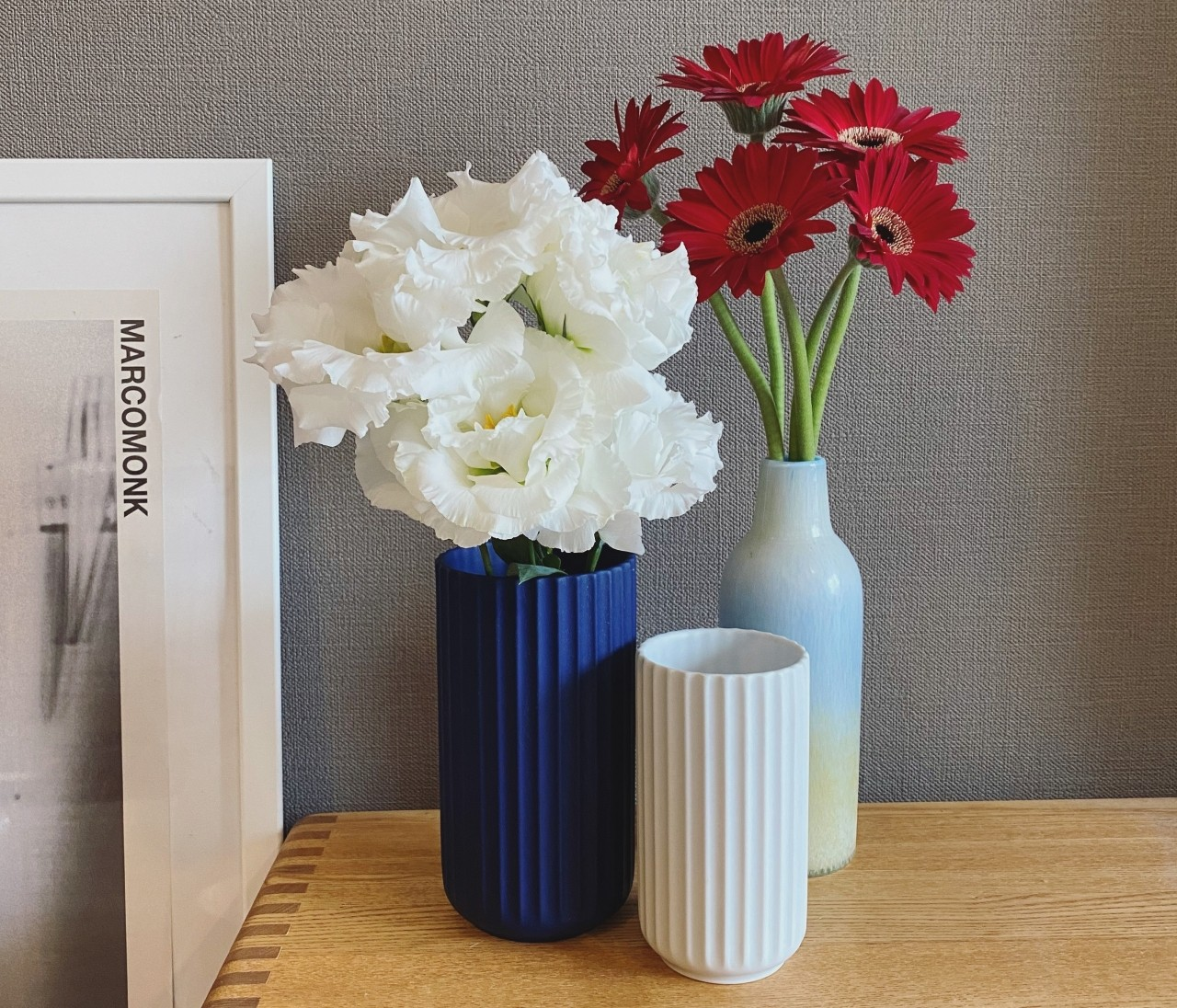 【エディターのおうち私物#19】花を飾る楽しさが倍増するお気に入りの花器たち♡