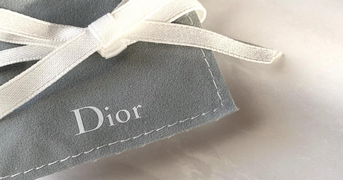 half off 6823e d845d お気に入りのパールピアス】Diorのダブルキャッチピアスで華やぎ ...